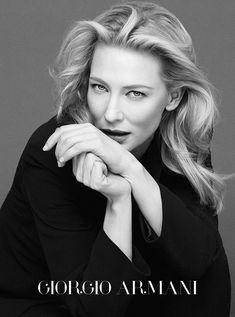 40 Best Headshot Poses and Tips - How to Pose People for Headshots Cate Blanchett, Pose Portrait, Female Portrait, Business Portrait, Portrait Inspiration, Photoshoot Inspiration, Headshot Posen, Best Photo Poses, Corporate Headshots