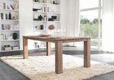 Mesa rústica de madera natural