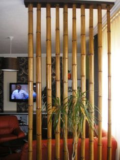 Birkenstämme als Raumteiler – New Ideas – Apocalypse Now And Then Living Room Partition Design, Room Partition Designs, Bamboo Room Divider, Diy Room Divider, Living Room Divider, Bamboo Furniture, Home Decor Furniture, Bamboo House Design, Deco Zen