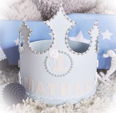 Crown design