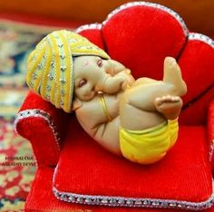 Make this Ganesha Chathurthi 2020 special with rituals and ceremonies. Lord Ganesha is a powerful god that removes Hurdles, grants Wealth, Knowledge & Wisdom. Shri Ganesh Images, Shiva Parvati Images, Ganesha Pictures, Ganesh Lord, Jai Ganesh, Ganesha Art, Ganesha Sketch, Baby Ganesha, Baby Krishna