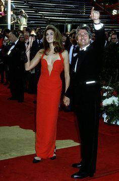 Oscars: Cindy Crawford in Versace, 1991