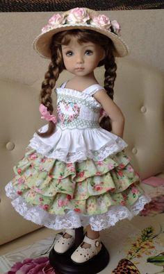 Porcelain China Mugs American Girl Diy, American Girl Clothes, Girl Doll Clothes, Doll Clothes Patterns, Girl Dolls, Baby Dolls, Pretty Dolls, Cute Dolls, Beautiful Dolls