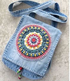 Marvelous Crochet A Shell Stitch Purse Bag Ideas. Wonderful Crochet A Shell Stitch Purse Bag Ideas. Jean Purses, Purses And Bags, Denim Handbags, Denim Purse, Embroidery Bags, Denim Crafts, Upcycled Crafts, Recycle Jeans, Fabric Bags