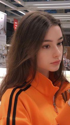 Reddit - BeautifulFemales - Sveta Bilyalova [irtr] Beautiful Girl Makeup, Cute Beauty, Beautiful Girl Image, Girl Photo Poses, Girl Photography Poses, Girl Pictures, Girl Photos, Ft Tumblr, Beauté Blonde