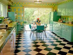 Lori's pink, blue and yellow retro kitchen: Retro Renovation. Pinned by Secret Design Studio, Melbourne, Deco Retro, Retro Vintage, Vintage Style, 1950s Style, Casa Retro, Estilo Interior, Retro Renovation, Retro Home Decor, Retro Kitchen Decor