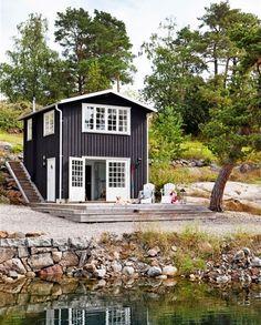 Una cabaña al lado del lago en estilo rústico | Decorar tu casa es facilisimo.com