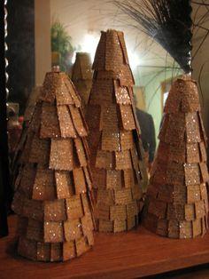 Paper trees & Glitter  www.undergroundvintage.blogspot.com Paper Trees, Glitter, Holidays, Christmas, Xmas, Holidays Events, Holiday, Navidad, Noel