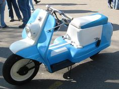Harley Davidson Topper Scooter Motorcycle, Motor Scooters, 50cc, Harley Davidson Bikes, Cars And Motorcycles, Cool Cars, Alley Oop, Project Ideas, Transportation