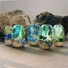 """The look of the ocean floor"" beads . . . fabulous!"