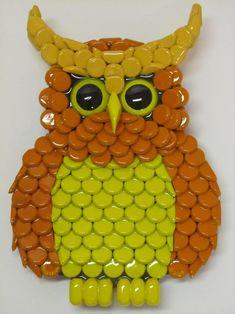Owl Art Metal Bottle Cap Orange and Yellow Owl by EricsEasel Beer Cap Art, Beer Bottle Caps, Bottle Cap Art, Beer Caps, Bottle Top Crafts, Bottle Cap Projects, Plastic Bottle Crafts, Glue Crafts, Diy And Crafts