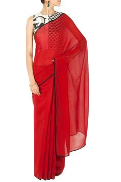 Deep red sari with printed asymmetrical blouse BY PAYAL SINGHAL. Shop now at perniaspopupshop.com #perniaspopupshop #clothes #womensfashion #love #indiandesigner #payalsinghal #happyshopping #sexy #chic #fabulous #PerniasPopUpShop