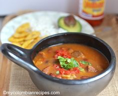 Frijoles Colombianos - Colombian Style Beans using pintos Colombian Dishes, My Colombian Recipes, Colombian Cuisine, Mexican Food Recipes, Ethnic Recipes, Spanish Recipes, Latin American Food, Latin Food, Columbian Recipes