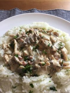 Csirke Stroganoff Ham, Risotto, Potato Salad, Chicken, Cooking, Ethnic Recipes, Food, Easter, Diet