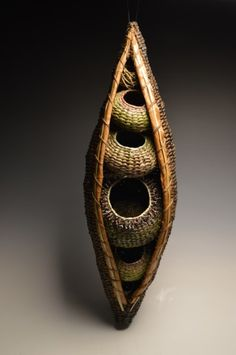Top 7 Reasons to Purchase a Matt Tommey Sculptural Art Basket Rare: Every basket is completely unique and no one else creates baskets like these. You& getting artwork that is truly. Weaving Projects, Weaving Art, Hand Weaving, Bamboo Weaving, Willow Weaving, Basket Weaving, Wire Basket, Pine Needle Baskets, Woven Baskets