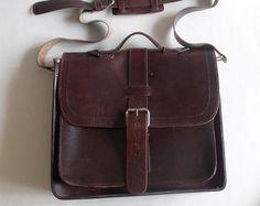 Leder houten koffertje messengertas. Hand gestikt donker door viveo