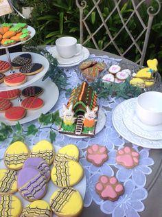 Páscoa biscoitos decorados by Vovi's Biscoiteria 51 35882457 www.facebook.com.br/vovisbiscoiteria