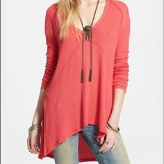 BNWT free people sweater Brand new with tags size large free people sweater top Free People Sweaters