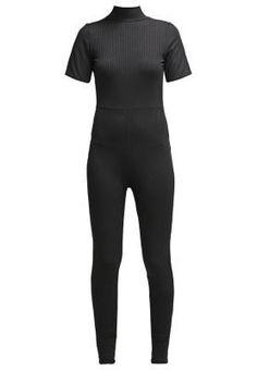 Missguided Mono Black Los Monos De Vestir Los monos de vestir son pura tendencia y sus diseños ultra chic están siendo utilizados para formar parte de las grandes ocasiones.