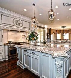This must be one of my favorite kitchens.  So clean and luxurious.