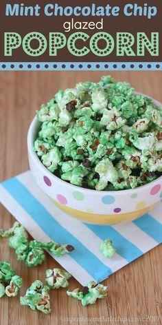 Mint Chocolate Chip Glazed Popcorn www.thenymelrosefamily.com #popcornrecipe #stpatricksday