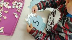 Snowflake Counting (from Alyssa, PreK Process via Instagram: https://www.instagram.com/p/BdiCuvrFvwr/?taken-by=prekprocess)
