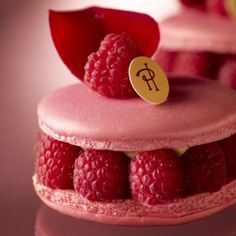 Ispahan by Pierre Hermé: Rose macaron biscuit, rose petal cream, whole raspberries, litchis. One of my favorite desserts...