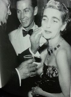 Barbara Hutton wearing the Romanov emeralds, once in the possession of the Grand Duchess Vladimir of Russia.