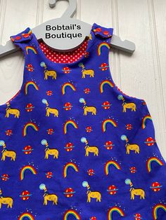 Baby Girl Fashion, Kids Fashion, Etsy Uk, New Baby Gifts, Diy For Kids, Customized Gifts, Giraffe, Baby Shower Gifts, New Baby Products