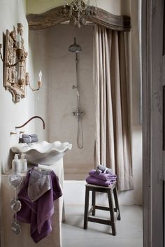 French Chic ♥ lavender bathroom