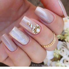 Great Inspiration Nail Art With Glitters To Look More Elegant Nail 02 Fabulous Nails, Perfect Nails, Gorgeous Nails, Love Nails, Pretty Nails, Bridal Nails, Wedding Nails, Indian Nails, Indian Nail Art