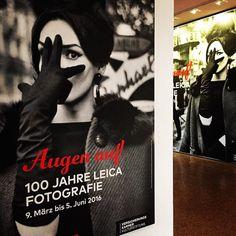 """Unser Tipp fürs lange Osterwochenende: die Ausstellung """"Augen Auf! 100 Jahre Leica Fotografie"""" #leica #ausstellung #exhibition #fotografie #photography #munich #münchen #isbl #muenchen by isarblog"""