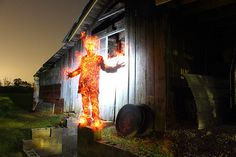 How to put people on fire with light painting
