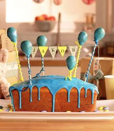 A lemon cake with a great surprise for the birthday - Kunterbunte Kinder-Rezepte - Cake Recipes First Birthday Balloons, 1st Birthday Cakes, Birthday Ideas, Number Cakes, Moist Cakes, Creative Cakes, Cakes And More, Kids Meals, First Birthdays