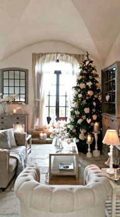 Holiday Inspiration ● Decorations ● Cottage Christmas