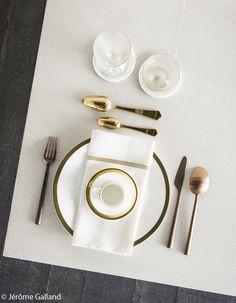 Assiette et couverts Astier de  Villatte et La Trésorerie. Verres Verreries des Lumières