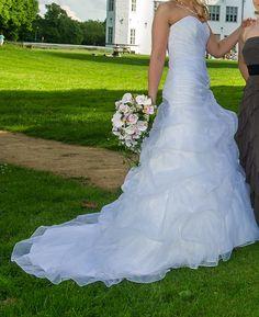 ♥ Traumhaftes Brautkleid ♥  Ansehen: http://www.brautboerse.de/brautkleid-verkaufen/traumhaftes-brautkleid-6/   #Brautkleider #Hochzeit #Wedding