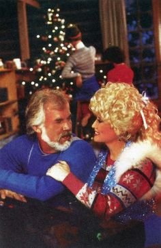 Dolly Parton and Kenny Rogers Merry Christmas Easy Christmas Crafts For Toddlers, Christmas Tree Crafts, Christmas Music, Toddler Crafts, Kids Christmas, Handmade Christmas, Craft Kids, Christmas Ornaments, Simple Christmas