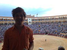 Plaza de Toros de Las Ventas en #Madrid, #España. Durante la Feria de San Isidro, millones de personas, entre ellas yo, vienen a la plaza para ver un típico ritual español