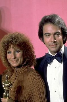 Barbra Streisand and Neil Diamond - You Don't Bring Me Flowers... 2 of my faves