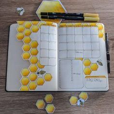 April Bullet Journal: Bees and Honeycombs Bullet Journal Doodles, Bullet Journal Dividers, Bullet Journal Spreads, Bullet Journal Headers, February Bullet Journal, Bullet Journal Cover Page, Bullet Journal 2019, Bullet Journal Themes, Bullet Journal Layout