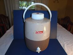 Vintage coleman cooler.  Coleman water cooler.  Beverage