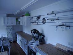Home made sysport.grey or green? Workshop Layout, Workshop Design, Workshop Storage, Shed Storage, Garage Workshop, Workshop Ideas, Festool Tools, Miter Saw, Garage