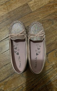 Rose Gold Glitter shoes size 3Y | Mercari Gold Glitter Shoes, Rose Gold Glitter, Kids Sneakers, Clothes For Sale, Sperrys, Kids Girls, Girls Shoes, Boat Shoes, Children