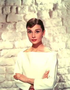 Audrey Hepburn in white. <3