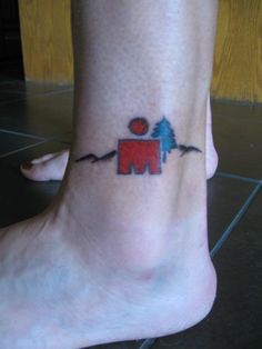 It was always my plan to get an Ironman tattoo if I finished the race so a few days after I got home from Coeur d'Alene, I went off and ...