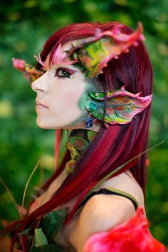 a very professional Zyra cosplay from LOL. Cosplay by Danielle Beaulieu. Photo is by Anna Fischer. Welcome to check her cosplay page: https://www.facebook.com/Daniellecosplay —