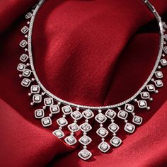 Jewelry for the Red Carpet | Blue Nile