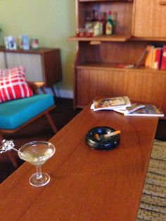 Architecture of Tiny Distinction: Tiny Accessories for 50s era