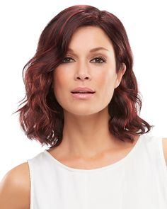 Perfect beach-y waves for carefree sunny days, this SmartLace style is light and breezy, with a natural looking lace front and cooling open cap construction.  #HairStyle #Wavy #MaxWigs